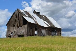 Barn off of Battle Ridge